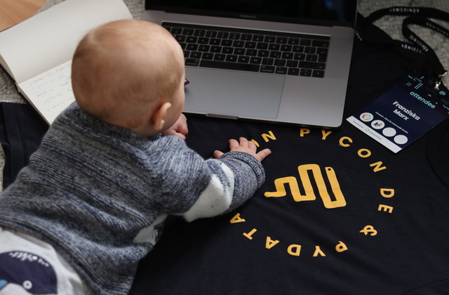 Lessons learned: Mit Baby auf Konferenz-Titleimage